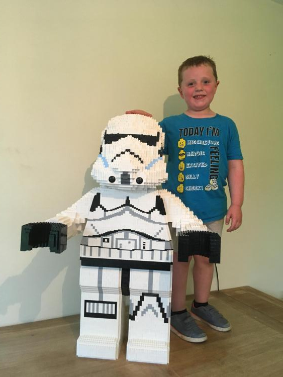 Stormtrooper and Sam