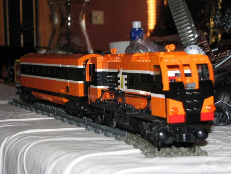 Loco 071 and carriage with improved livery