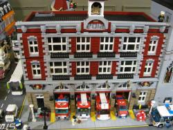 Clare Diecast Model Show pics - starting with this Fire station