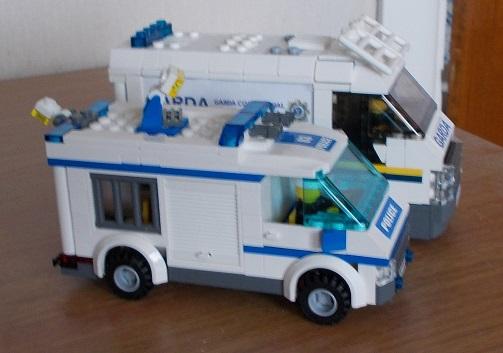 Garda Van with 7286 Prisoner Transport